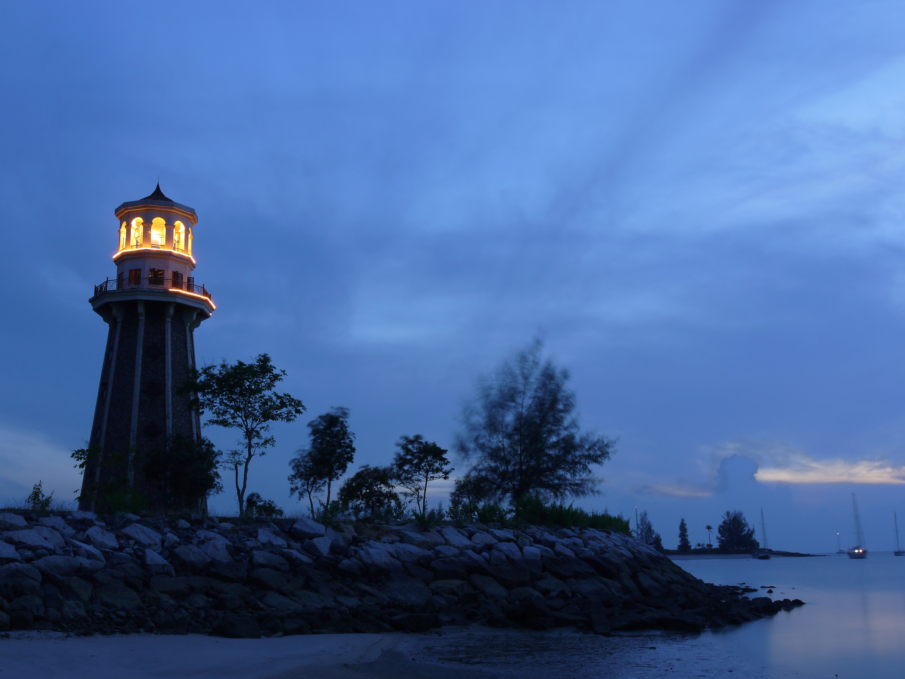 Travel Lighthouse